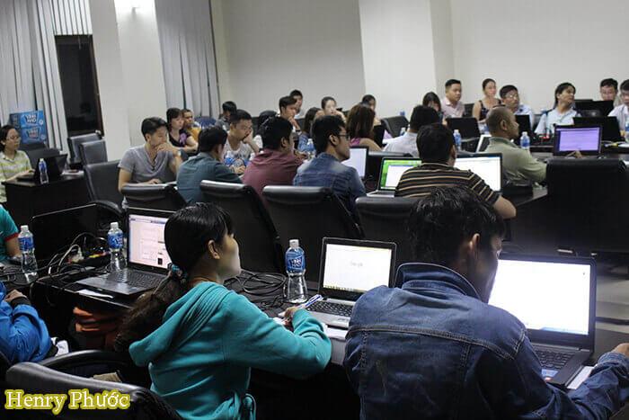 """Khoá học bán hàng Online """"Lớp Tối đa 7 học viên"""" – Lớp Marketing Online Đỉnh Cao"""
